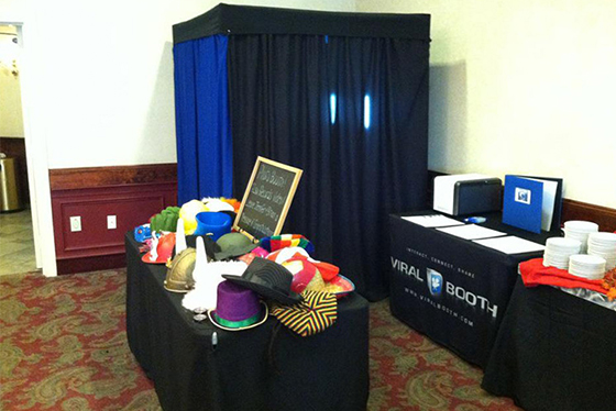Photo Booth Rentals   Viral Booth