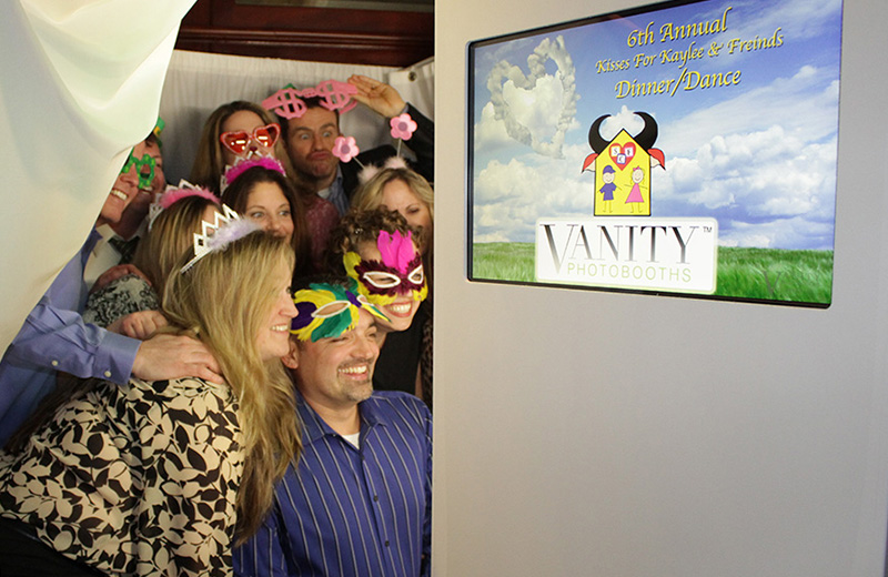 Photo Booth Rentals | Viral Booth